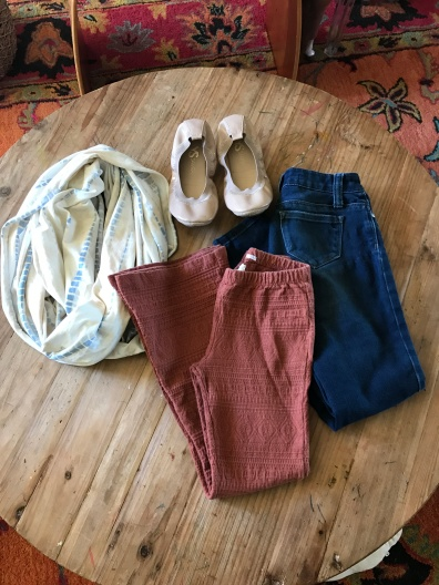 Scarlet's pants