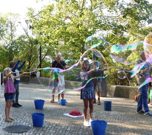 Bubbles in Portugal