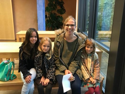 Frau Schlagbaum and the Girls
