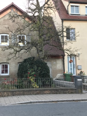 Roβtal House
