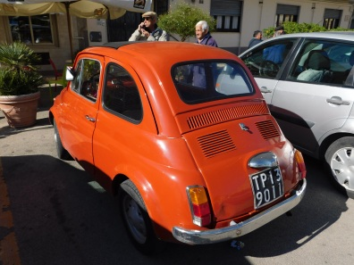 Fiat in Front of Cafe